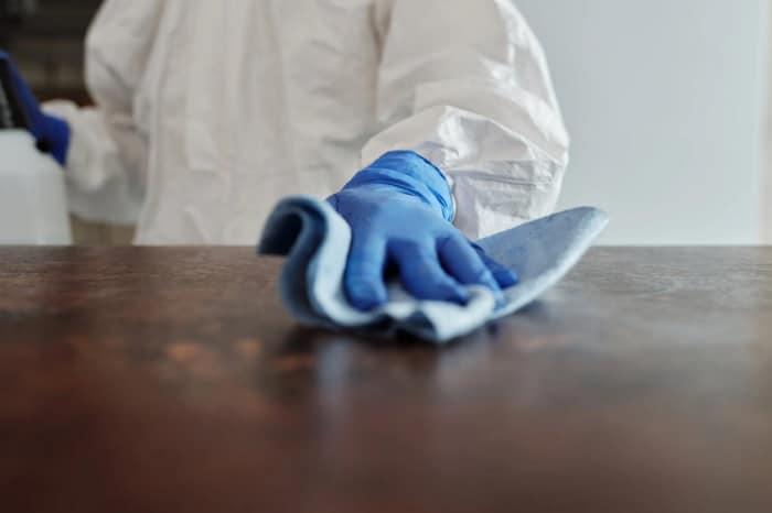 Servicio de limpieza deben verificar atención personal